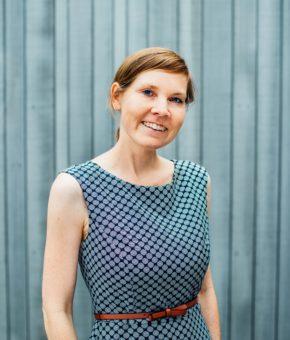 Dr. Sarah Albrecht